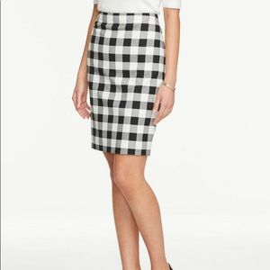 NWT Ann Taylor Factory  Gingham Pencil Skirt
